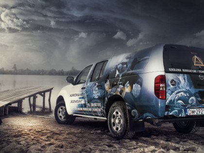 Vehicle wrap design & photography for Diving School