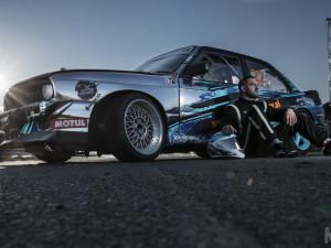 Vehicle wrap design for Kamil Tomczyk – chrom