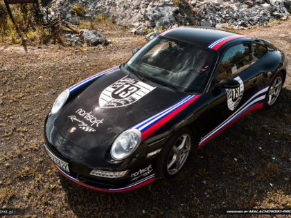 Projekt oklejenia Porsche 911 Carrera 4 orazlogo 13